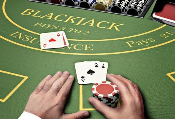 Luật chơi Blackjack online và cách chơi đơn giản tại 12bet