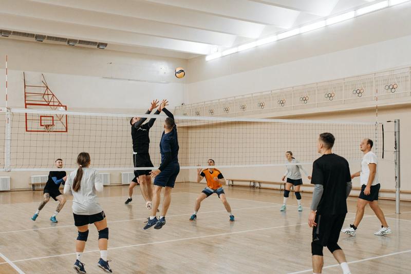 Cách đánh bóng chuyền và luật chơi bóng chuyền hơi mới nhất