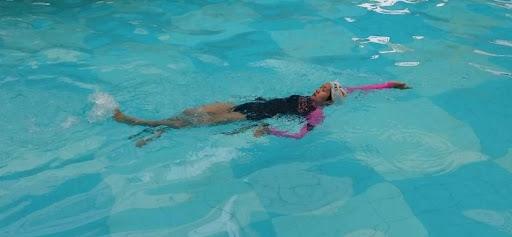 bơi ngửa